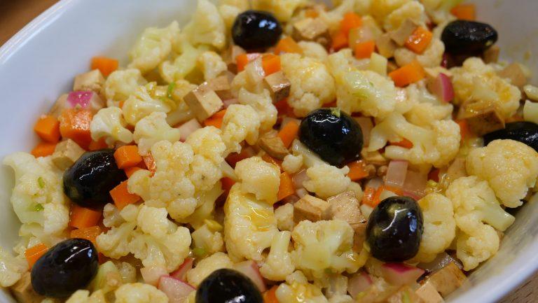 Ensalada multicolor de verduras